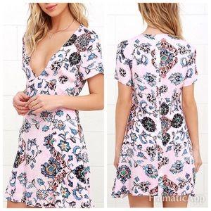 New Somedays Lovin deep v-neck mini dress pink